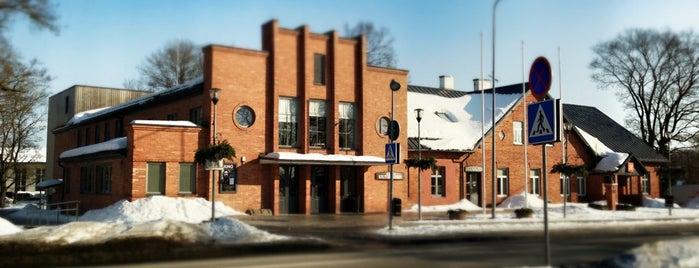 Rapla kultuurikeskus is one of Lugares favoritos de Jansu.