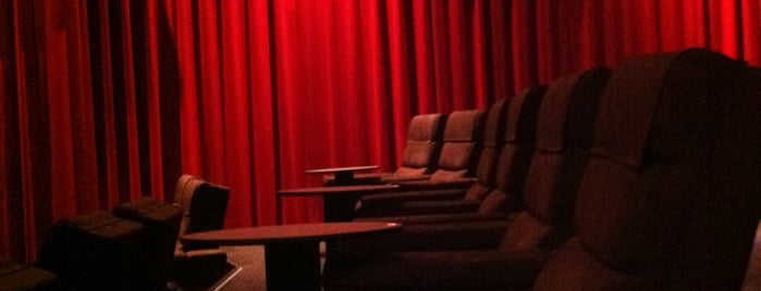 Village Cinemas Gold Class is one of Orte, die Monique gefallen.
