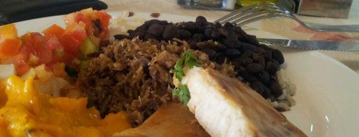 Tia Nelza Restaurante is one of comida baiana.