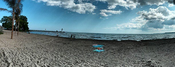 Port Dover Beach is one of Posti che sono piaciuti a Alled.
