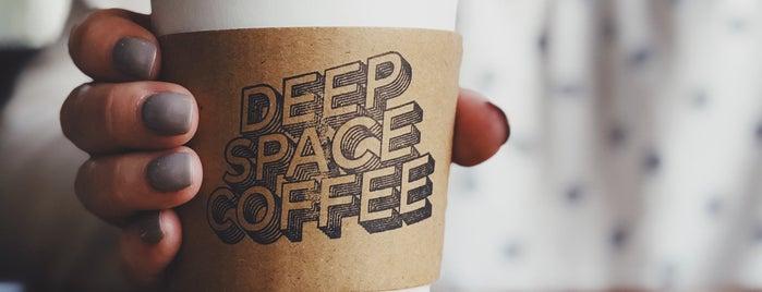 Deep Space Coffee is one of Akiko 님이 좋아한 장소.