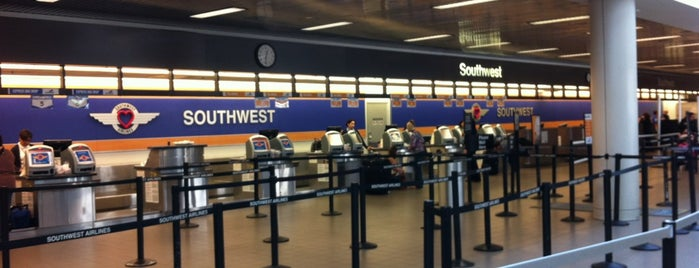 Southwest Airlines Check-in is one of Orte, die Chrissy gefallen.
