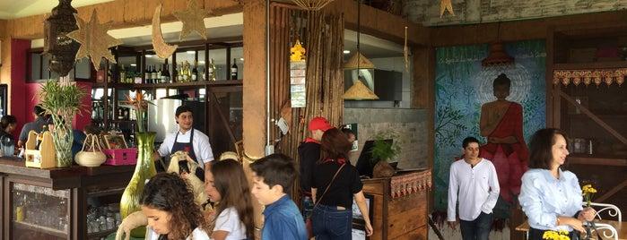 TUK TUK Restaurante-Bar is one of Posti che sono piaciuti a Federico.