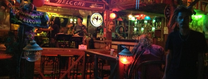 Reggae Roots Rock bar is one of Locais curtidos por Masahiro.