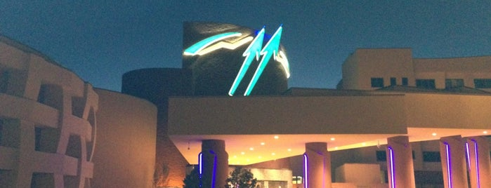 Twin Arrows Navajo Casino Resort is one of Locais curtidos por David.