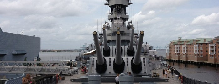 USS Wisconsin (BB-64) is one of Lugares guardados de Lizzie.
