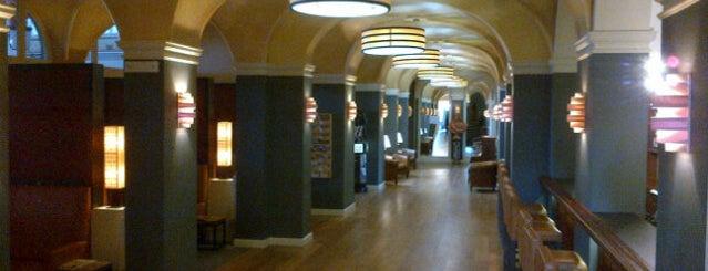Club Van Lotharingen / Cercle De Lorraine is one of Les bars de Steph G..