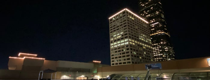 Westin Oaks Houston at The Galleria is one of ᴡさんのお気に入りスポット.