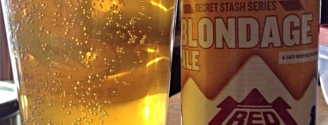 Top Shelf Brews is one of Seacoast Beer Stuff.