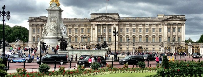 Buckingham Palace is one of Go Ahead, Be A Tourist.