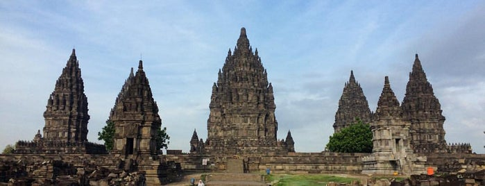 Candi Prambanan (Prambanan Temple) is one of Outing Trip.