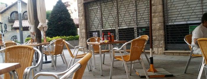Bar Club is one of Tapa gratis.