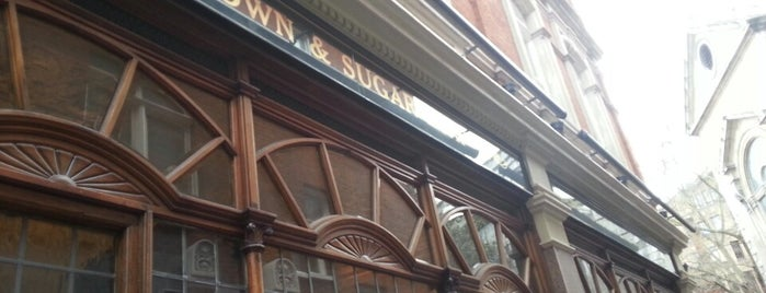Crown and Sugar Loaf is one of London's 50 Best Pubs 2020.