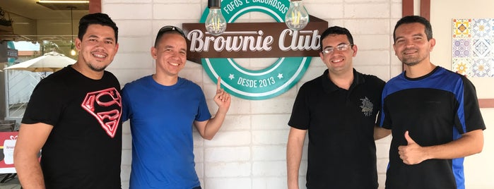 Brownie Club is one of Posti che sono piaciuti a Guilherme.