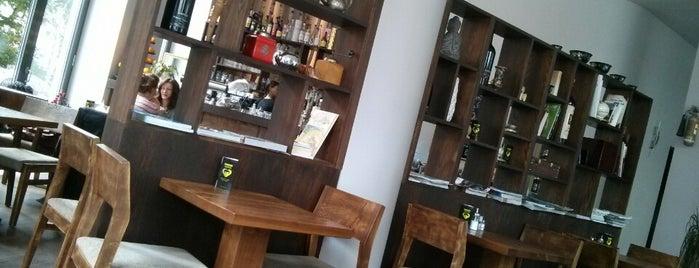 Café Caramel is one of Mishutka : понравившиеся места.