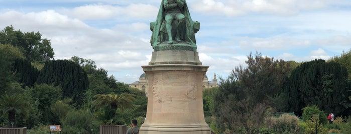 Esplanade Lamarck is one of Posti che sono piaciuti a Monica.