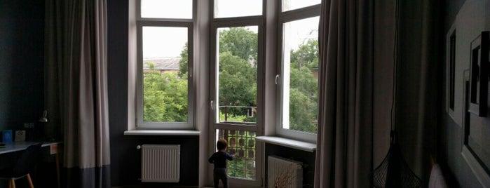 Мини отель Poet Art Hotel is one of Gespeicherte Orte von Dasha.