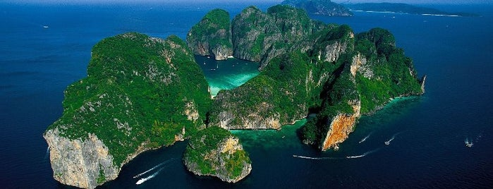 Koh Phi Phi Lay is one of In the Future.