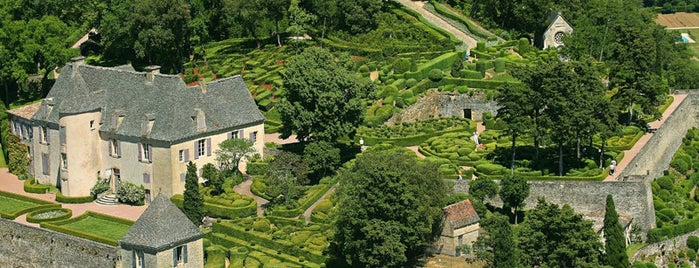 Jardins de Marqueyssac is one of In the Future.