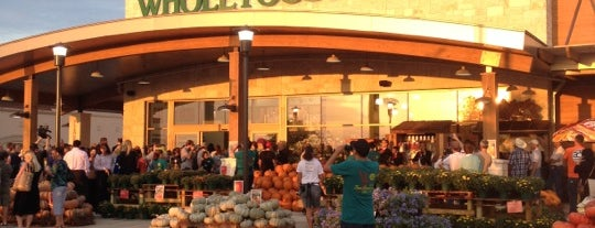 Whole Foods Market is one of Posti che sono piaciuti a Elisha.