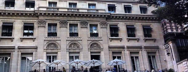 Palacio Duhau - Park Hyatt Buenos Aires is one of Alanさんのお気に入りスポット.