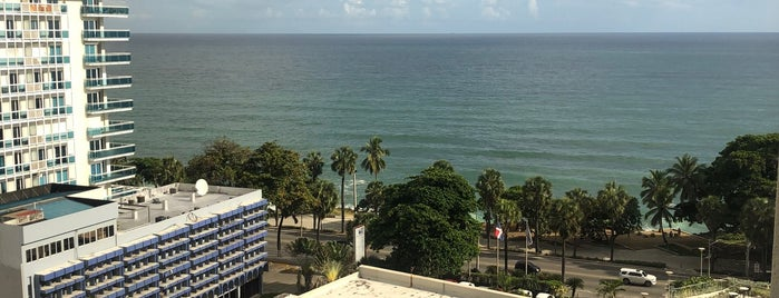 Sheraton Santo Domingo Hotel is one of Locais curtidos por Fernando.