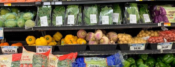 Sabor Tropical Supermarket is one of Lugares favoritos de Ciri.