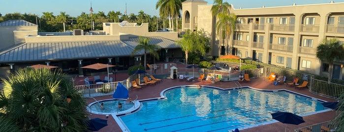 Pool & SPA La Quinta is one of Lugares favoritos de Ciri.