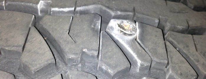 Mr P's Tires is one of George'nin Beğendiği Mekanlar.