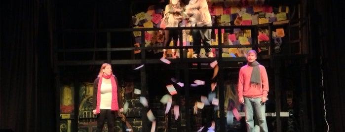 SPARC - School of the Performing Arts in the Richmond Community is one of Liam'ın Beğendiği Mekanlar.