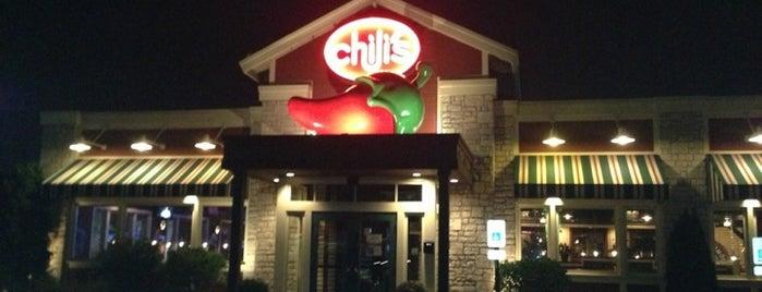 Chili's Grill & Bar is one of สถานที่ที่ Cheryl ถูกใจ.