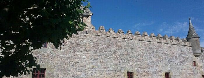 Chateau de Bien-Assis is one of Bretagne.