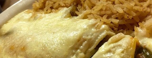 Abuelita's Mexican Restaurant is one of Jenni 님이 좋아한 장소.