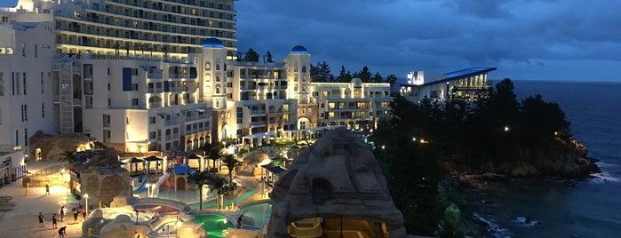 Sol Beach Hotel & Resort Samcheok is one of Posti che sono piaciuti a Joonsik.
