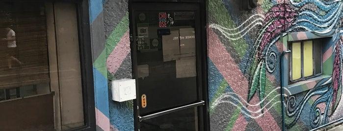 MNL Boutique Hostel is one of Sarah'ın Beğendiği Mekanlar.