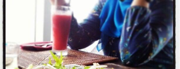 Alamkoe Bar & Restaurant is one of Bali.