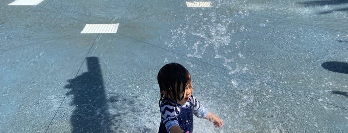 Alondra Park Splash Pad is one of USA 3.