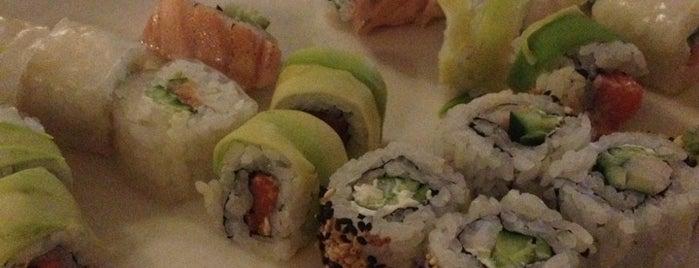 Sasaguri Sushi Bar is one of Mandja.