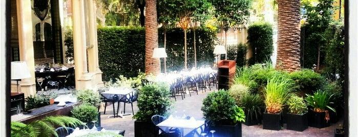 Restaurante Dos Torres is one of Terrazas Barcelona.