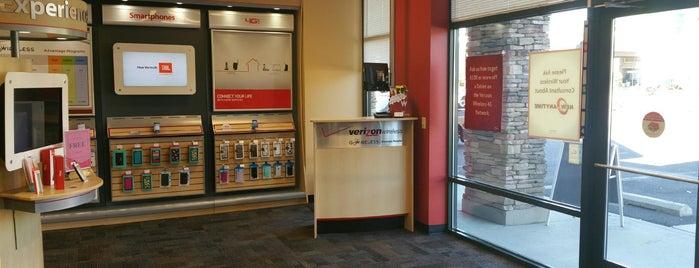 GoWireless Verizon Authorized Retailer is one of Gaston 님이 좋아한 장소.