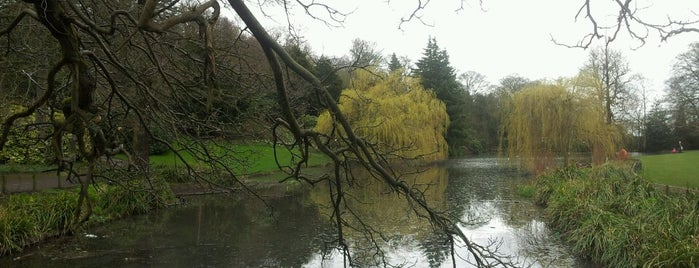 Temple Newsam is one of leeds.