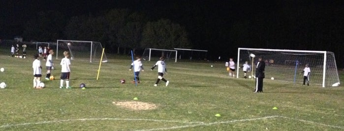 Clay County Soccer Club / Dennis Viollet Soccer Complex is one of Lieux qui ont plu à Chris.