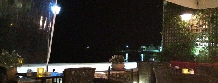 Μπαλκόνι is one of Spetses Island.