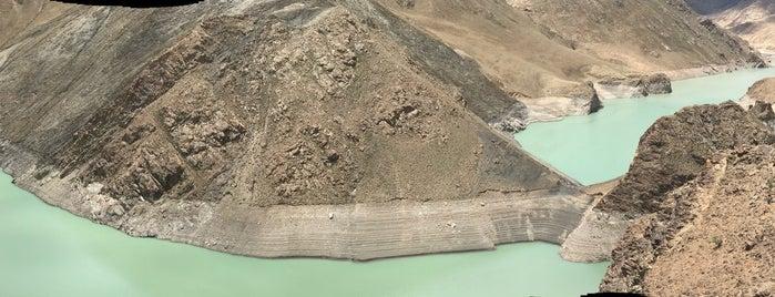 Manla Dam Lake is one of Tibet.