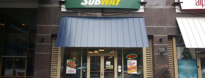 Subway is one of Tempat yang Disukai Nate.