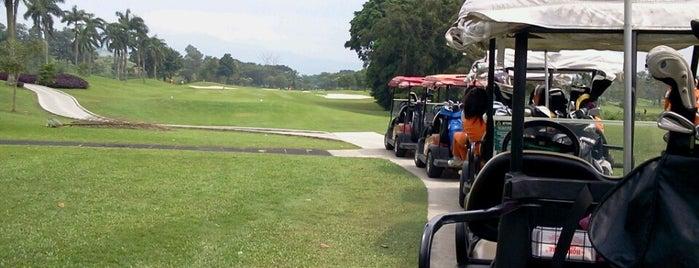 Palm Hills Golf & Country Club is one of Nicholas 님이 저장한 장소.