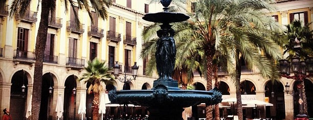 Plaza Real is one of Barcelona Weekender.