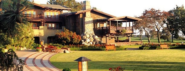 The Lodge at Torrey Pines is one of Karen : понравившиеся места.