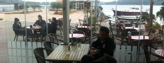 Fincan Cafe is one of Sıra dışı yeme içme mekânları.
