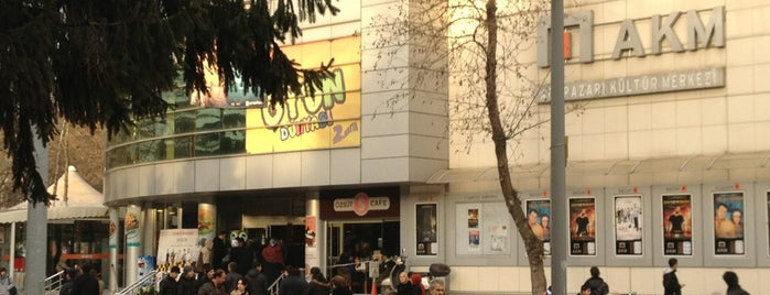Adapazarı Kültür Merkezi is one of Barış ☀️ : понравившиеся места.
